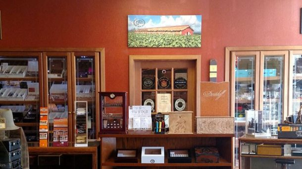 Santa Rosa Cigar Shop and Lounge at Squires